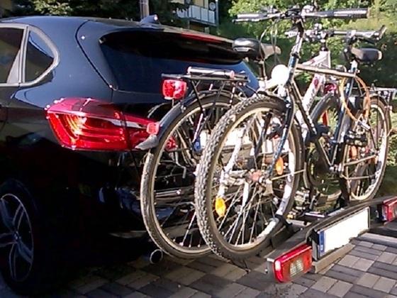 AT mit Fahrradträger