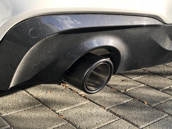 Edelstahl/Carbon-Auspuffblende 102mm