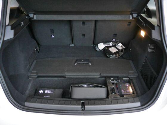 Kofferraum 225xe